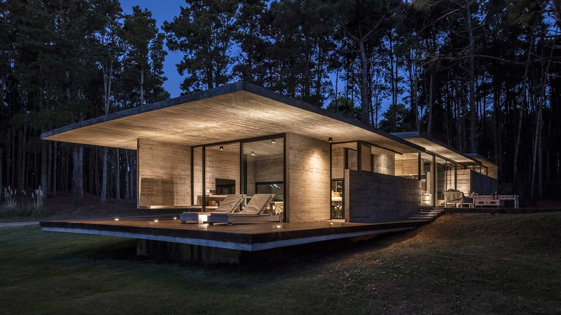 Besonias Almeida Arquitectos Casa Bosque Besonias Almeida Arquitectos